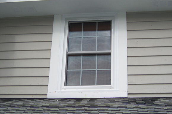 Why Choose Vinyl Double Hung Windows for Your Home? Insights from a New Windows Company in New Berlin, Wisconsin